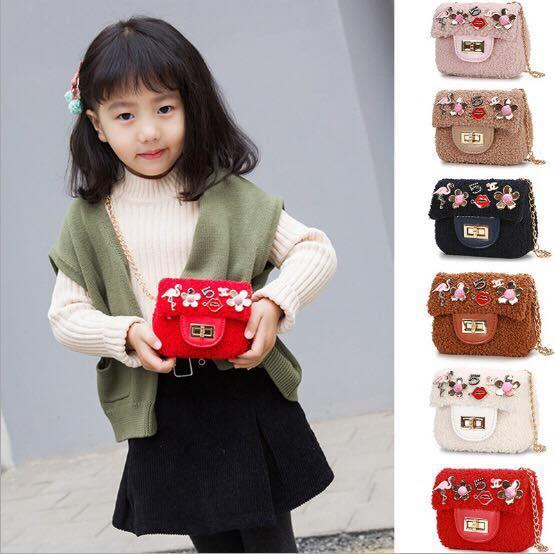 Túi đeo chéo cho bé gái đi chơi điệu xinh xắn