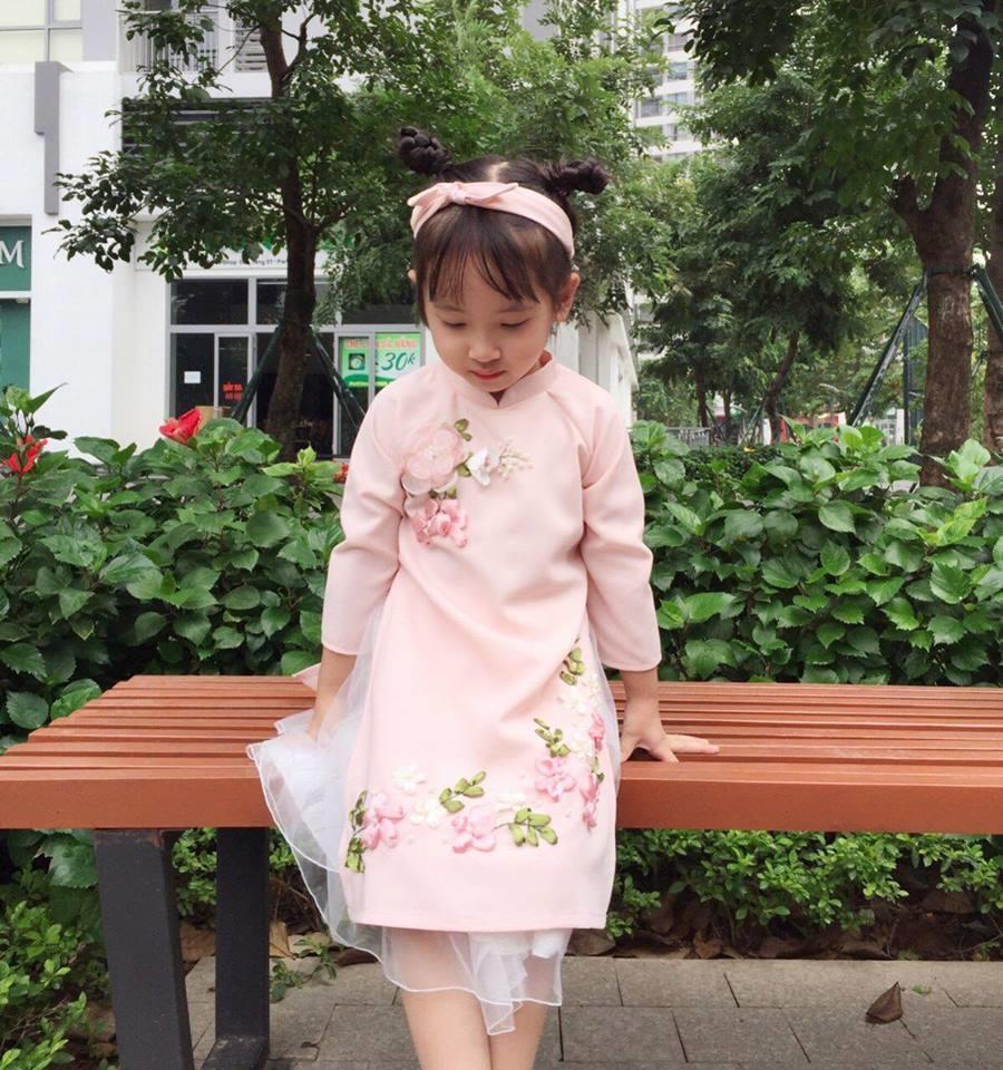 Áo dài trẻ em cách tân cổ tròn váy voan xòe đẹp xinh