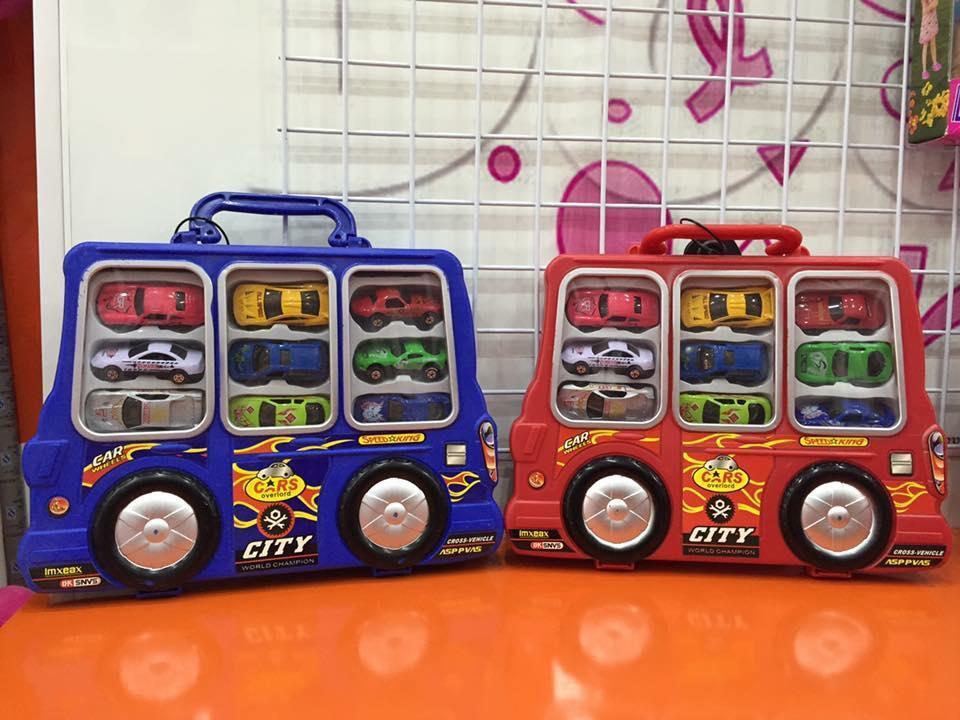 Va li chở 9 xe ô tô bằng sắt đồ chơi bé trai
