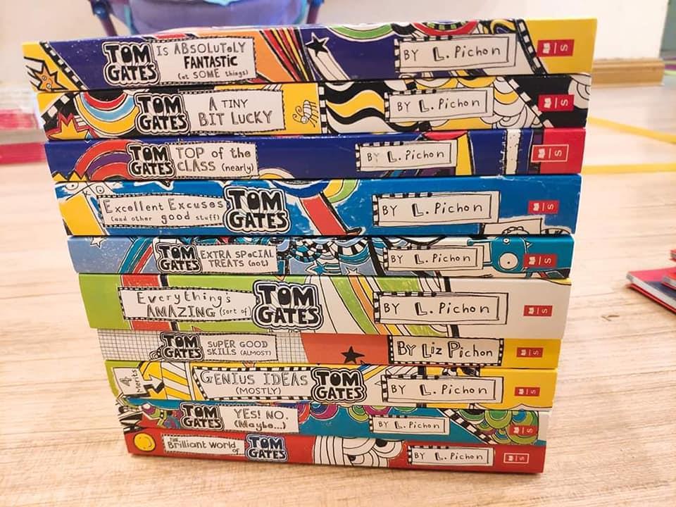 Tom Gates trọn bộ update đầy đủ nhất 10 quyển MONTY'S FUNNIEST BOOKS